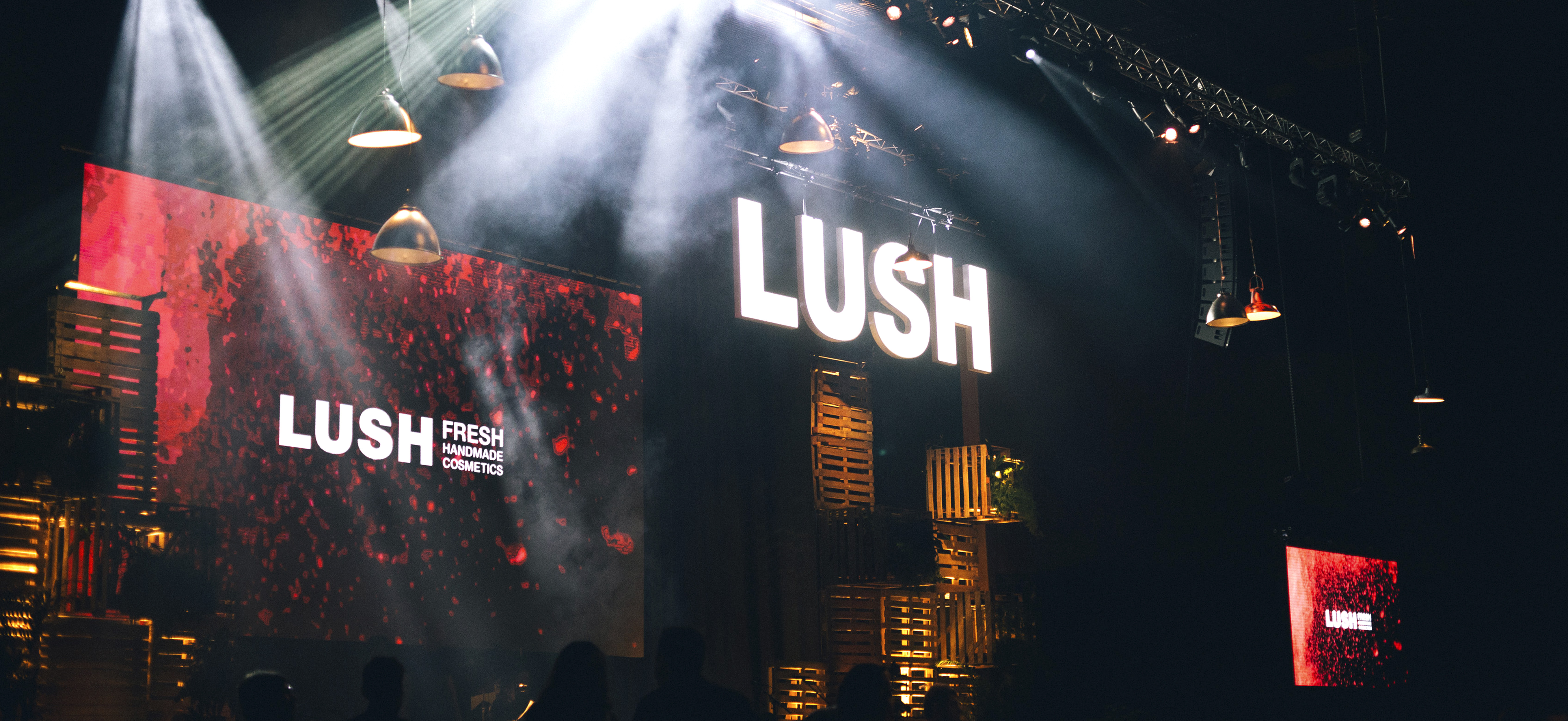 Lush01-1